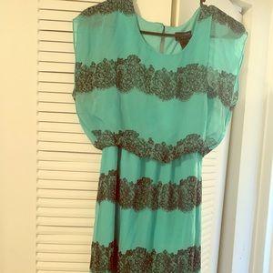 EnfocusStudio Chiffon dress green and black size 8